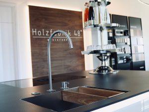 Holzfabrik48° Schauraum KWC Armatur & Spülbecken