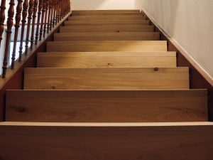 Holzfabrik48° Treppeverkleidung aus Eichenparkett